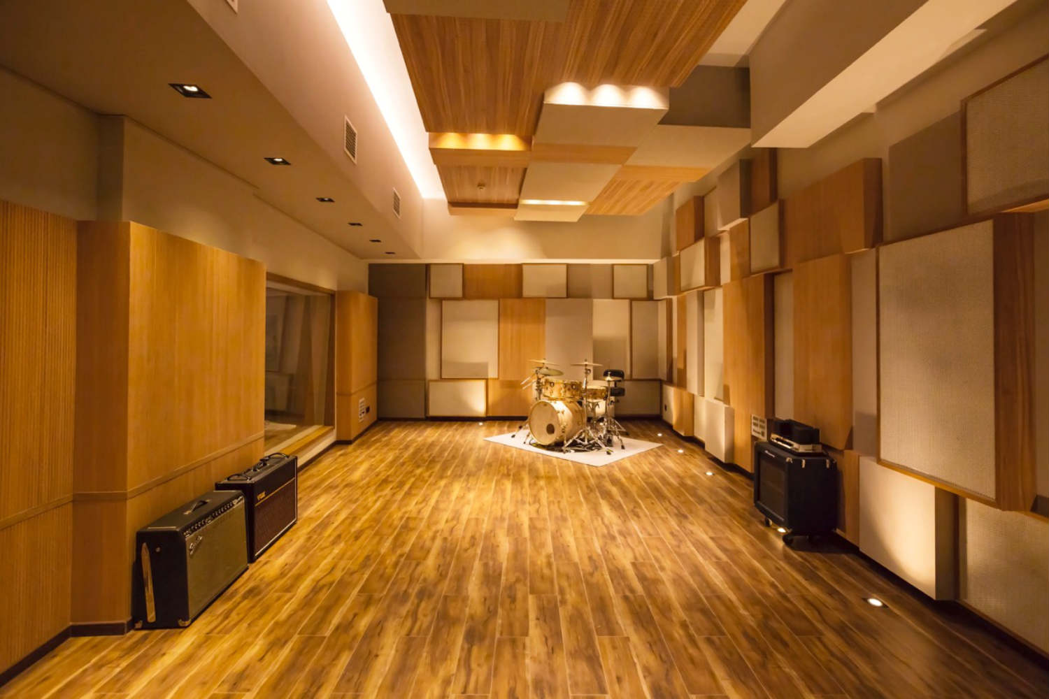 55TEC Studio in Beijing, China - New World-Class Recording Studio designed by WSDG owned by Li You. Live Room