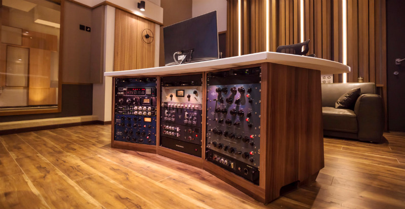 55TEC Studios in Beijing, China - State-of-the-art Outboard Gear