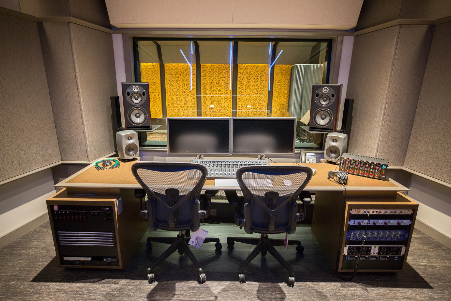 Audible is the world's largest producer/distributor of downloadable audiobooks and other spoken-word entertainment. WSDG was commissioned to design their new state-of-the-art recording studio complex. Control Room A