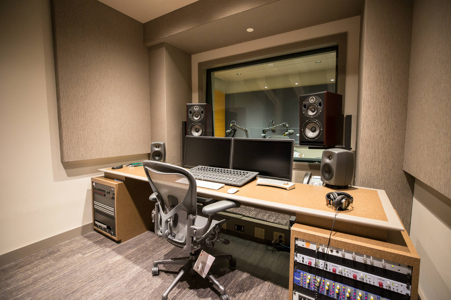 Audible is the world's largest producer/distributor of downloadable audiobooks and other spoken-word entertainment. WSDG was commissioned to design their new state-of-the-art recording studio complex. Control Room B