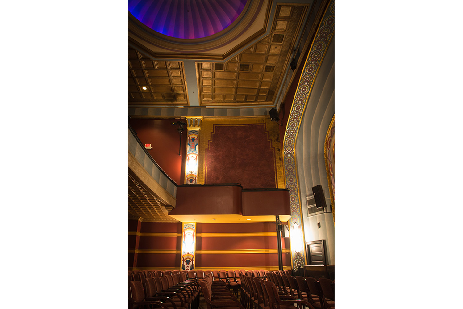 The Avalon Foundation, which runs the Avalon Theatre, secured the services of WSDG during a larger overall renovation initiative to update the theater's acoustics, production lighting, and audiovisual capabilities. Overall view.