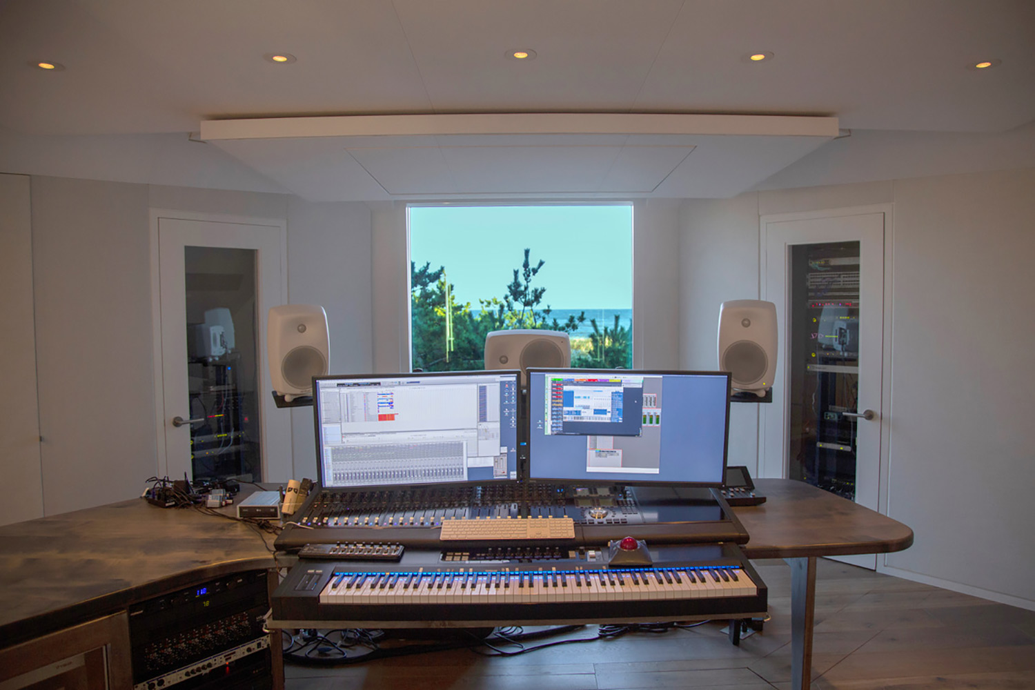 World-renown composer for films Carter Burwell returned to John Storyk and commissioned WSDG a new recording studio at his ultra modern Maziar Behrooz-designed home. WSDG-designed control room front view.