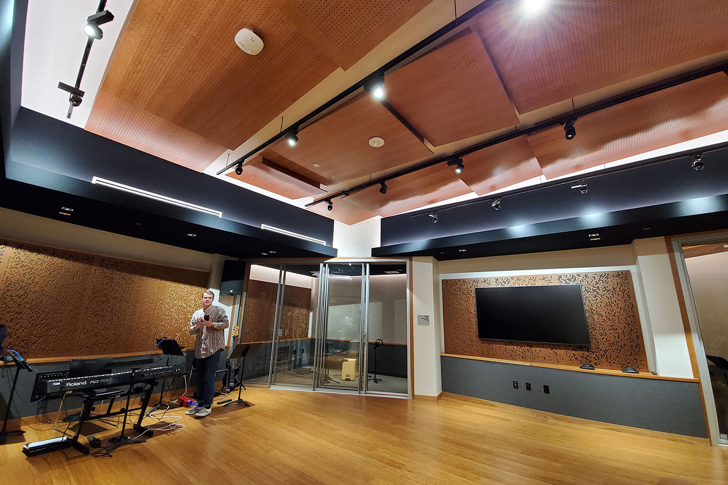 Concordia University Irvine, WSDG was commissioned for the design, acoustic consulting and systems integration of their new audio complex. Live Room Wide.