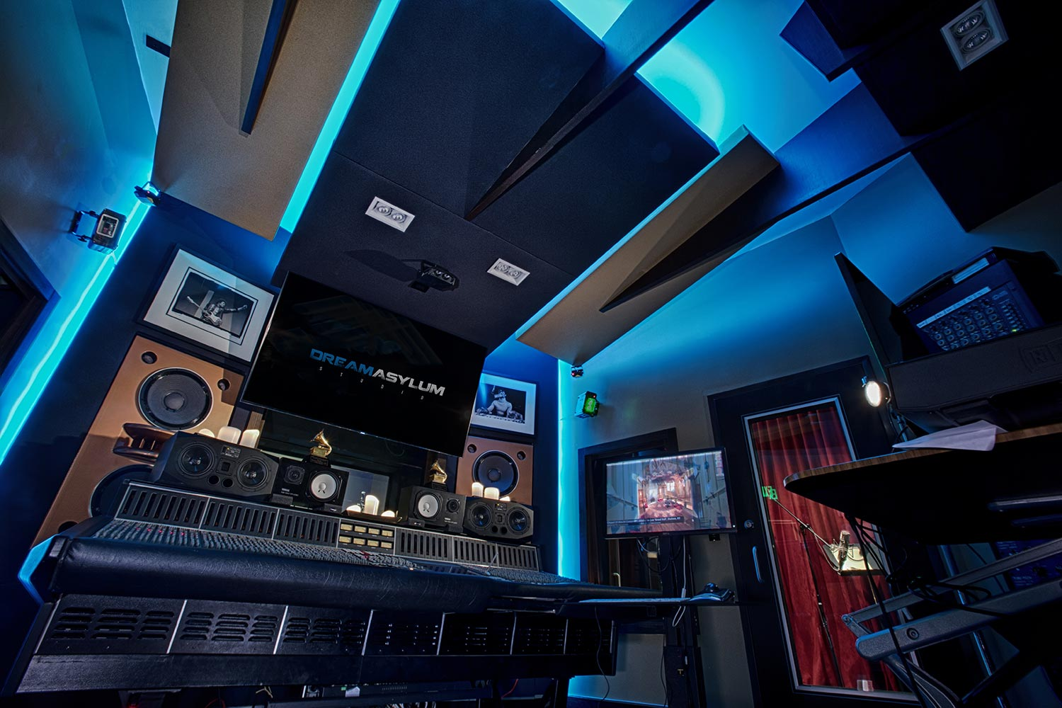 Two of the contemporary music scene's most prolific hit producers and mixing engineer, Nate 'Danja' Hills and Marcella Araica have added a cutting edge, WSDG recording studio to their N.A.R.S. (New Age Rock Stars) label. Studio X, Danja Studio in Blue.