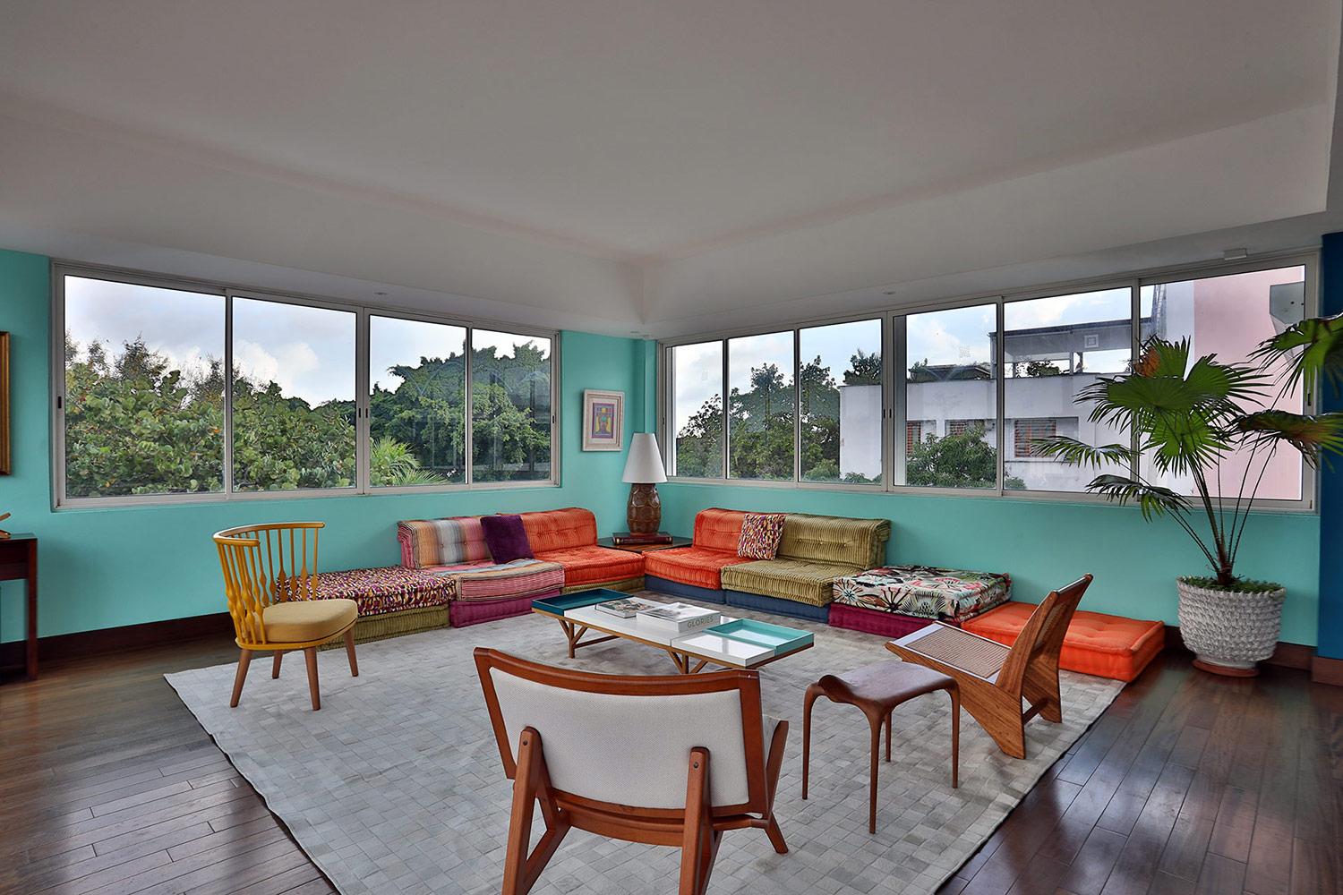 WSDG-designed FAMA Studios in Santo Domingo. Lounge.