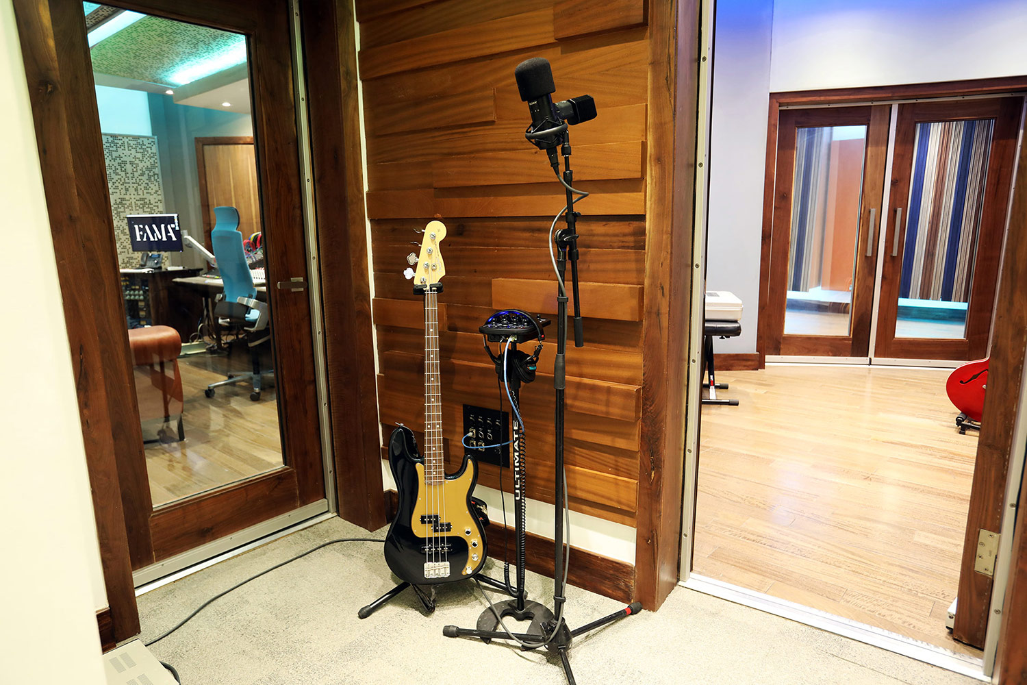 FAMA Studio owner Luis Betances retained WSDG Latin for an acoustic and aesthetic studio design to create a dream recording studio that meets his production needs in Santo Domingo, Dominican Republic. CR A Sound lock.