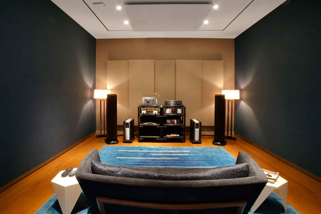 WSDG and John Storyk were called to solve all of the acoustic issues in a timely, efficient and cost-effective manner of Harman International's audiophile NYC-based flagship experience center. Front.