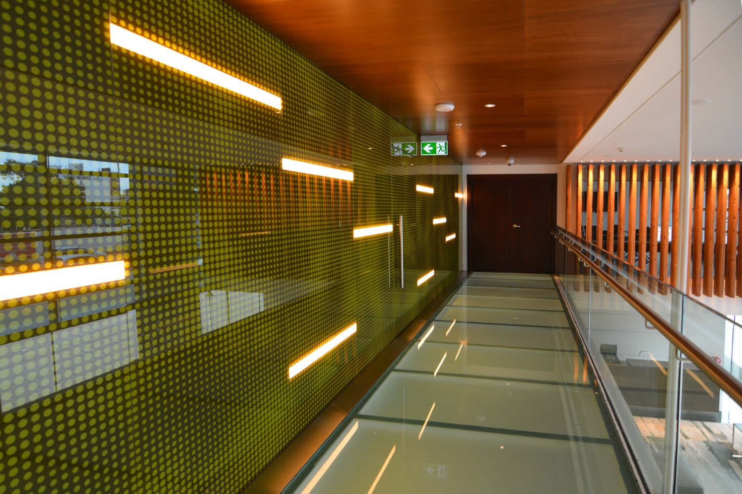 Hilton Garden Inn in Montevideo, Uruguay. Invisible acoustics designed and install by WSDG - WSDG Latin, Sergio Molho and Silvia Molho. Hallway