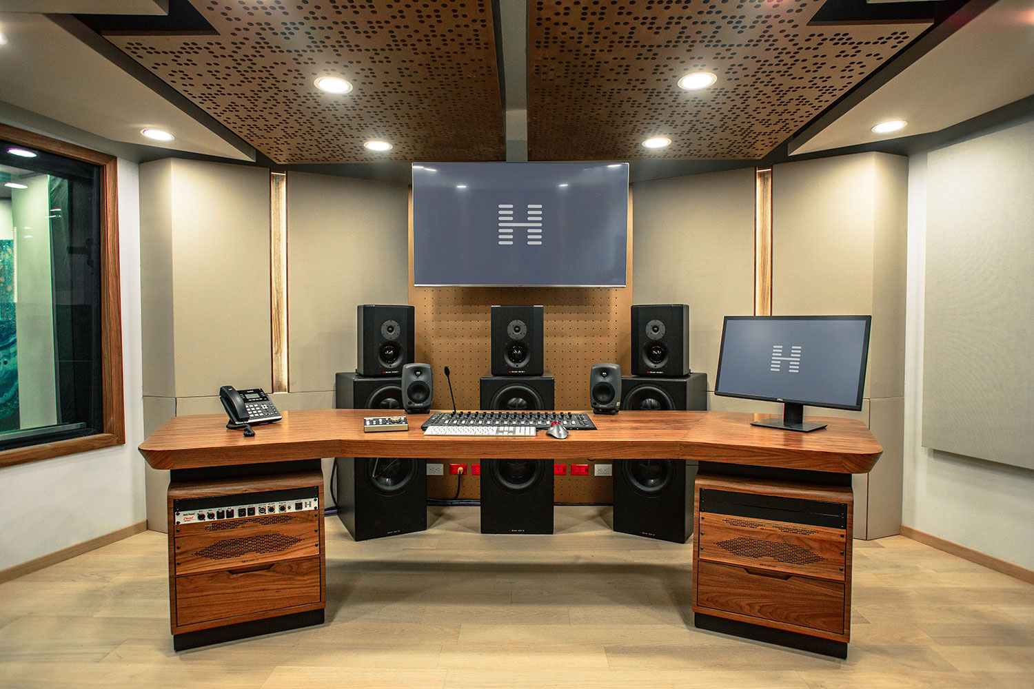 Hogarth Mexico international advertising communications agency studio. WSDG has been retained to create a recording studio complex for the leading international Advertising/Marketing/ Communication company's new Mexico City offices. Control Room Front.