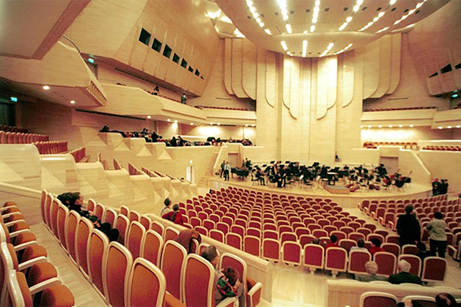 Moscow International House of Music in Moscow, Russia. ADA-AMC, a WSDG Company, was called for consulting and simulations on the room acoustics. Great Hall.