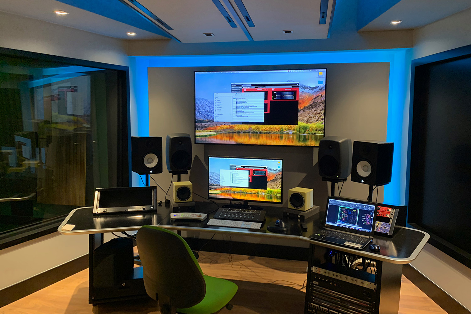 Universidad ICESI in Cali, Colombia commissioned WSDG to design their new music performance, composition and production building with world-class recording studios. Control Room Medios C.