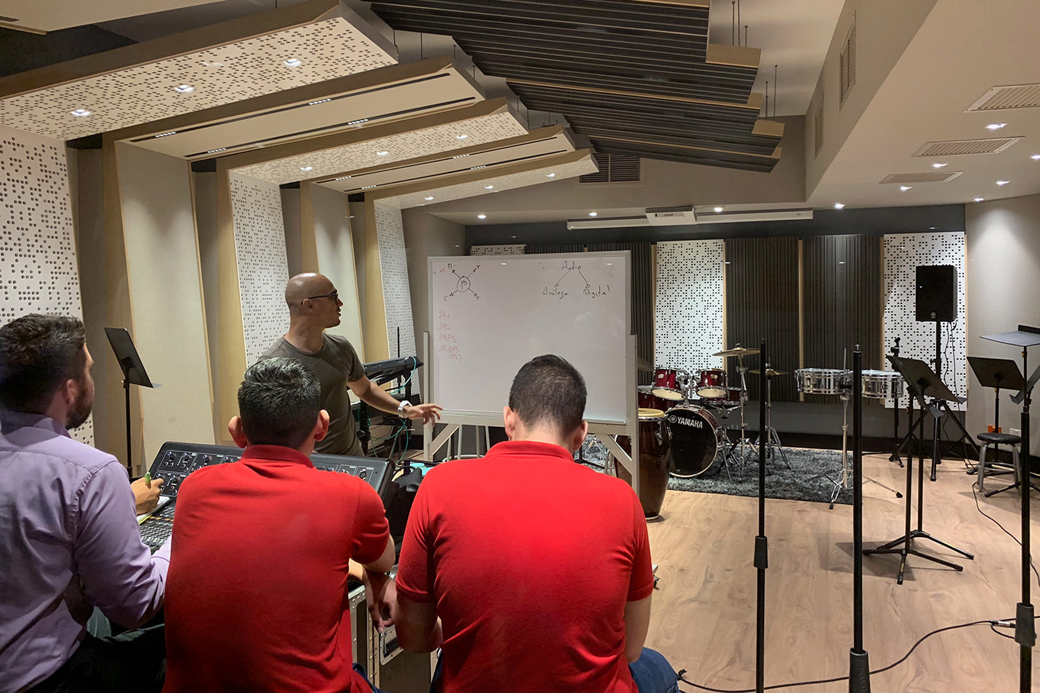 Universidad ICESI in Cali, Colombia commissioned WSDG to design their new music performance, composition and production building with world-class recording studios. Ensemble with students.