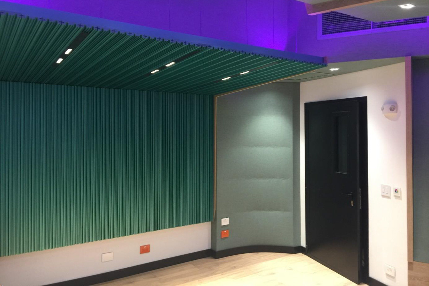 Universidad ICESI in Cali, Colombia commissioned WSDG to design their new music performance, composition and production building with world-class recording studios. Control Room A back diffusor.
