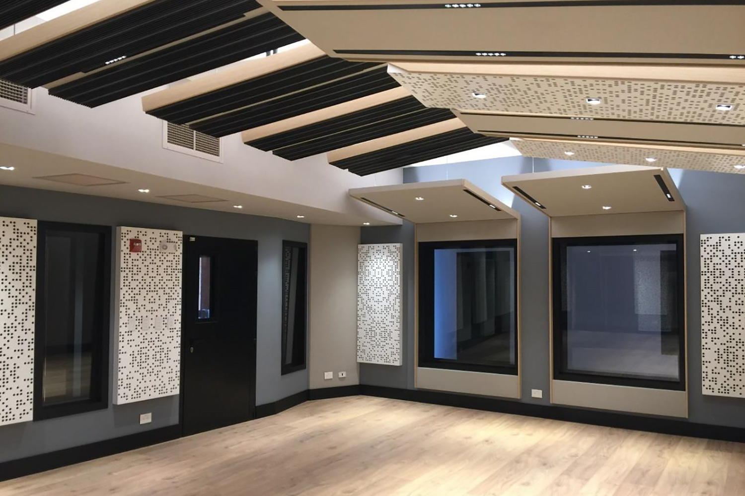 Universidad ICESI in Cali, Colombia commissioned WSDG to design their new music performance, composition and production building with world-class recording studios. Ensemble Room.