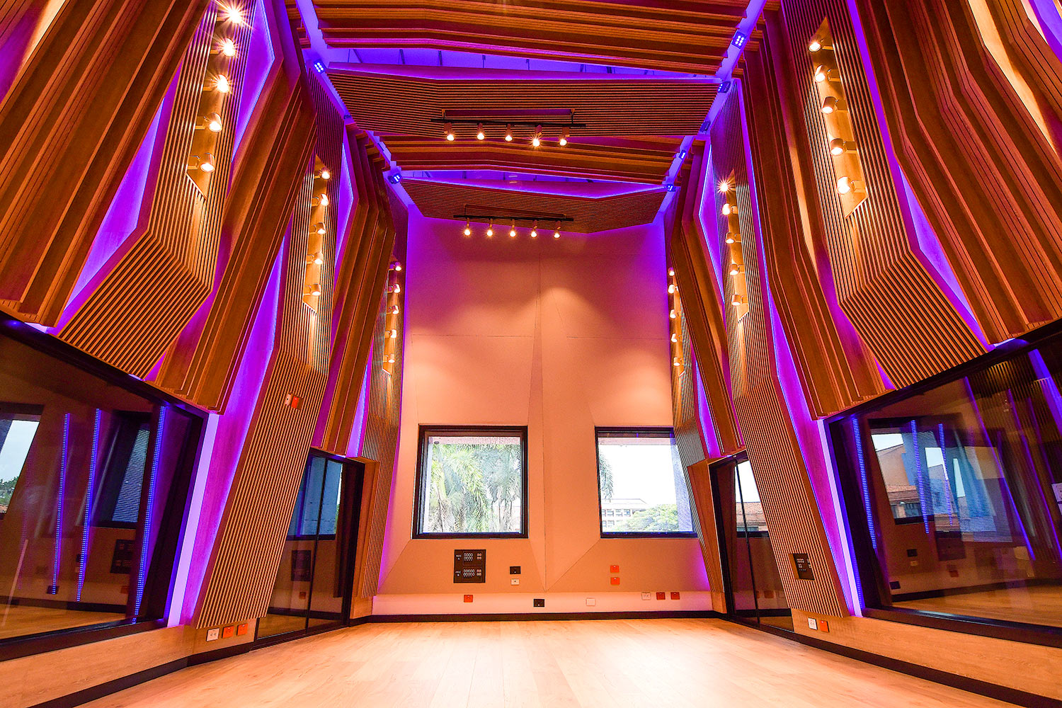 Universidad ICESI new world-class recording studio facility designed by WSDG. Double-height live room.