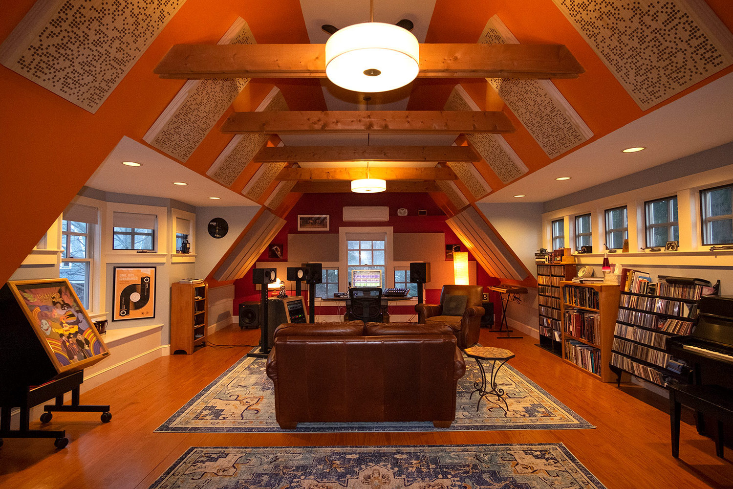 Rob Jaczko Abbott Road Studio, an all-in-one room with perfect internal room acoustics designed by WSDG and engaging the NIRO software. Main.