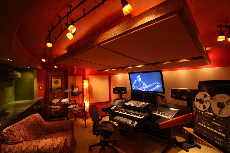 Casablanca multimedia studios matt buguy wsdg for Salon multimedia