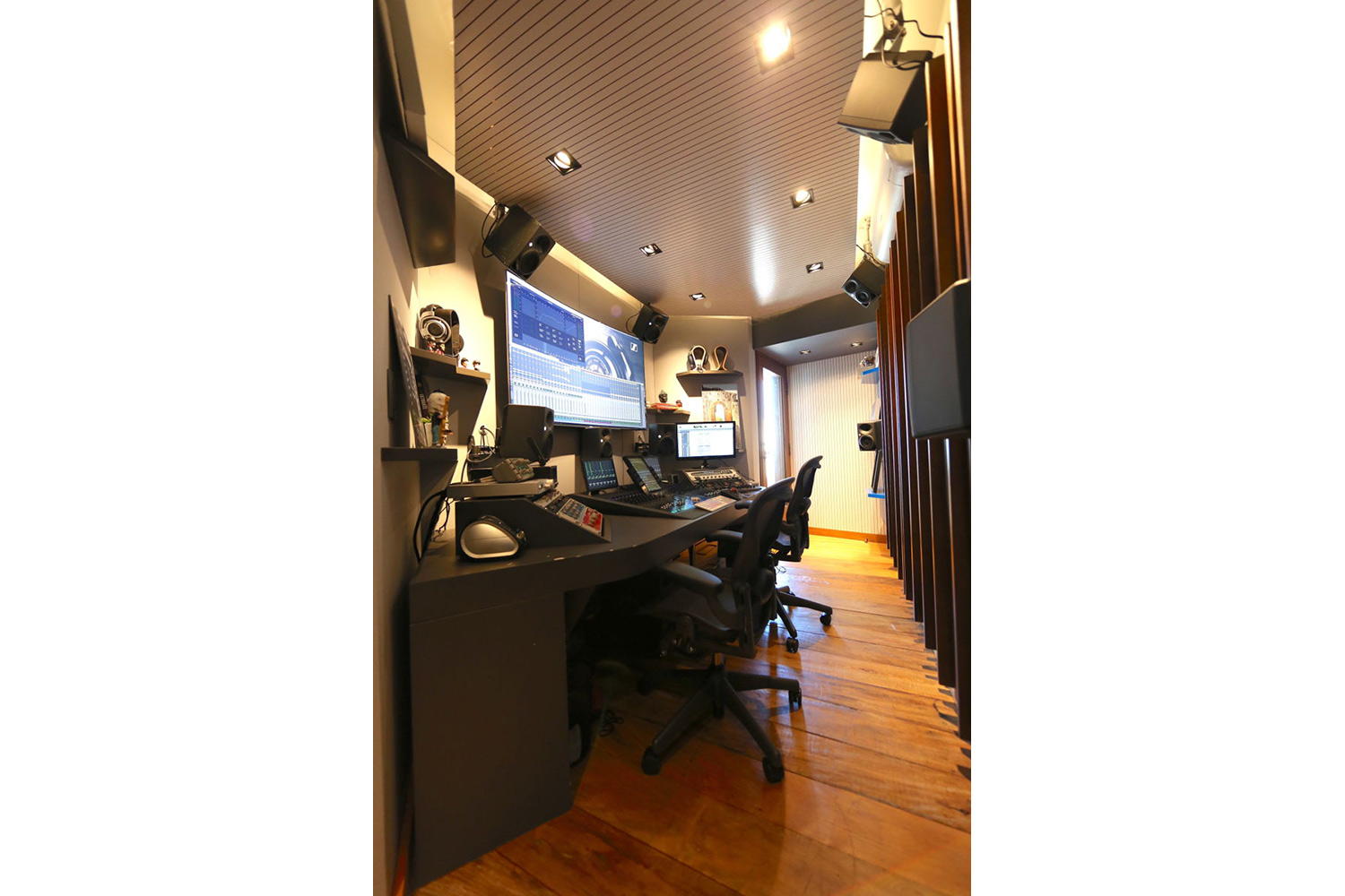 Mix2go is located in Sao Paulo, Brazil and is an innovative 3D mixing facility. WSDG was commissioned to design a space where 3D mixes audio could be created. Side photo.