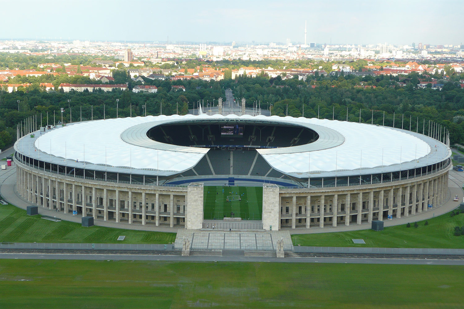 The Olympia Stadium Berlin is a Olympic and FIFA Germany 2006 World Cup Stadium, with a capacity of more than 70000 people. Extensive simulation calculations using the computer model were the core of work of ADA-AMC - WSDG. Stadium Aerial view.