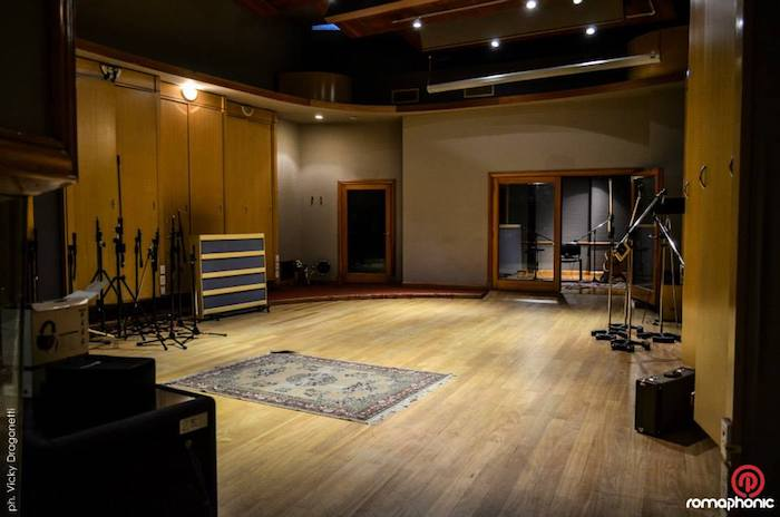 Romaphonic Studio in Buenos Aires, Argentina. Ex Circo Beat, former Fito Paez studio, now owned by Nicolas Romero. Live Room empty.