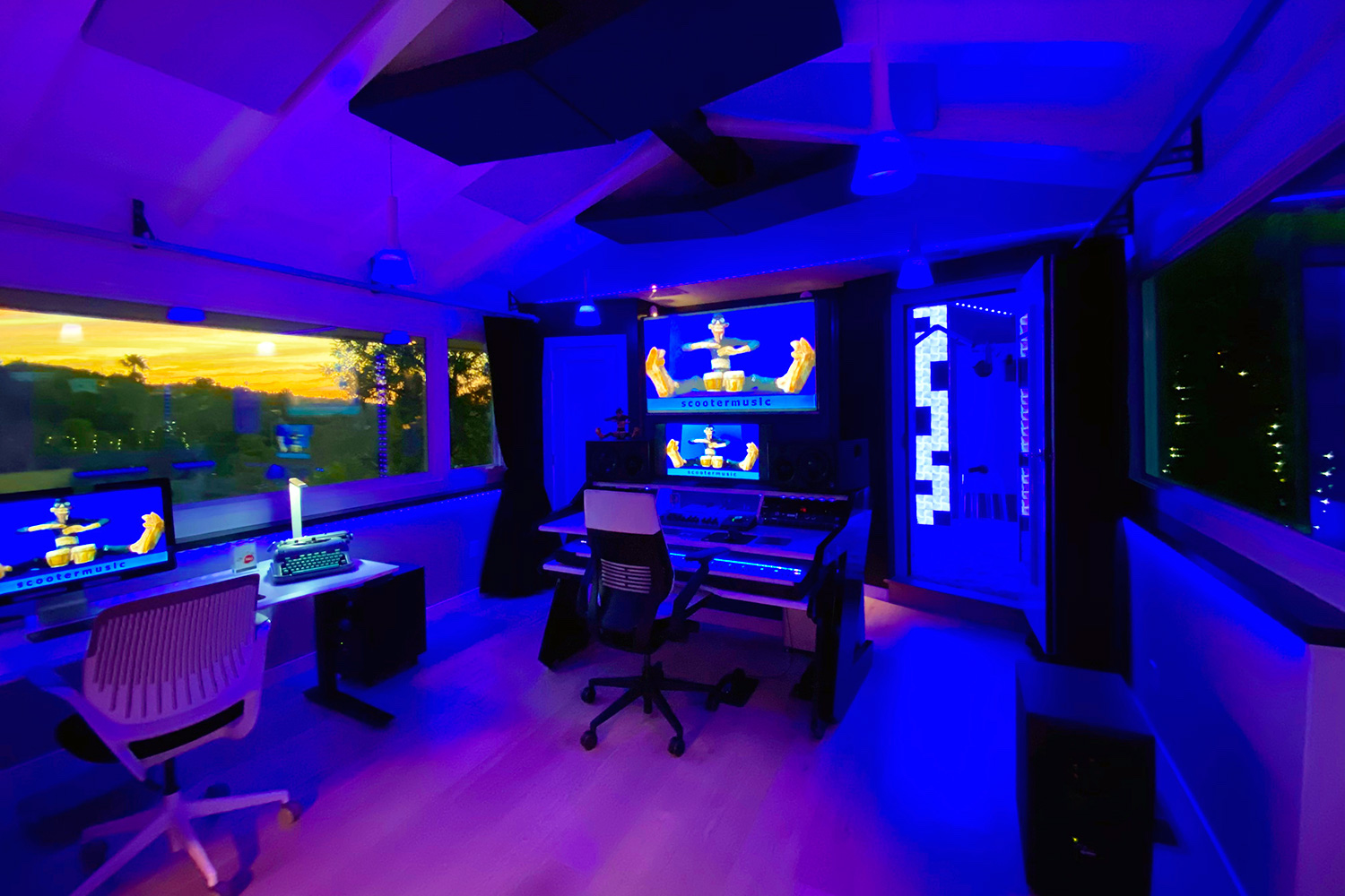 Multi-talented Scooter Pietsch conceived a professionally designed CR/Recording/Mixing room and retained WSDG to design his new studio. Control Room blue.
