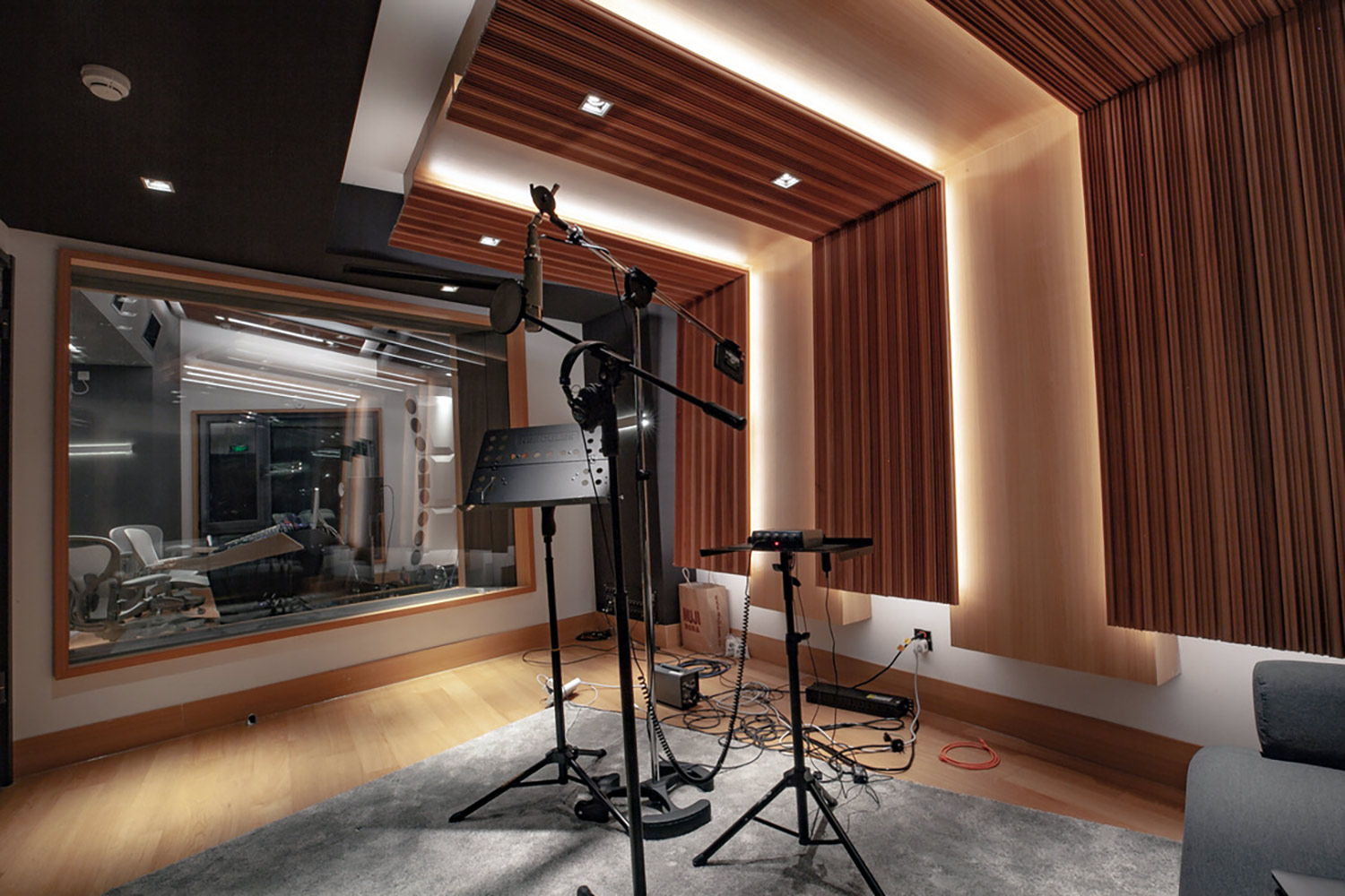 Intrigued by WSDG's reputation in designing the best recording studios in the world, multi-talented recording and mixing engineer TC Zhou started a deep collaboration with our global team for his brand-new studio facility in Beijing, China. Live Room/Vocal Booth A.
