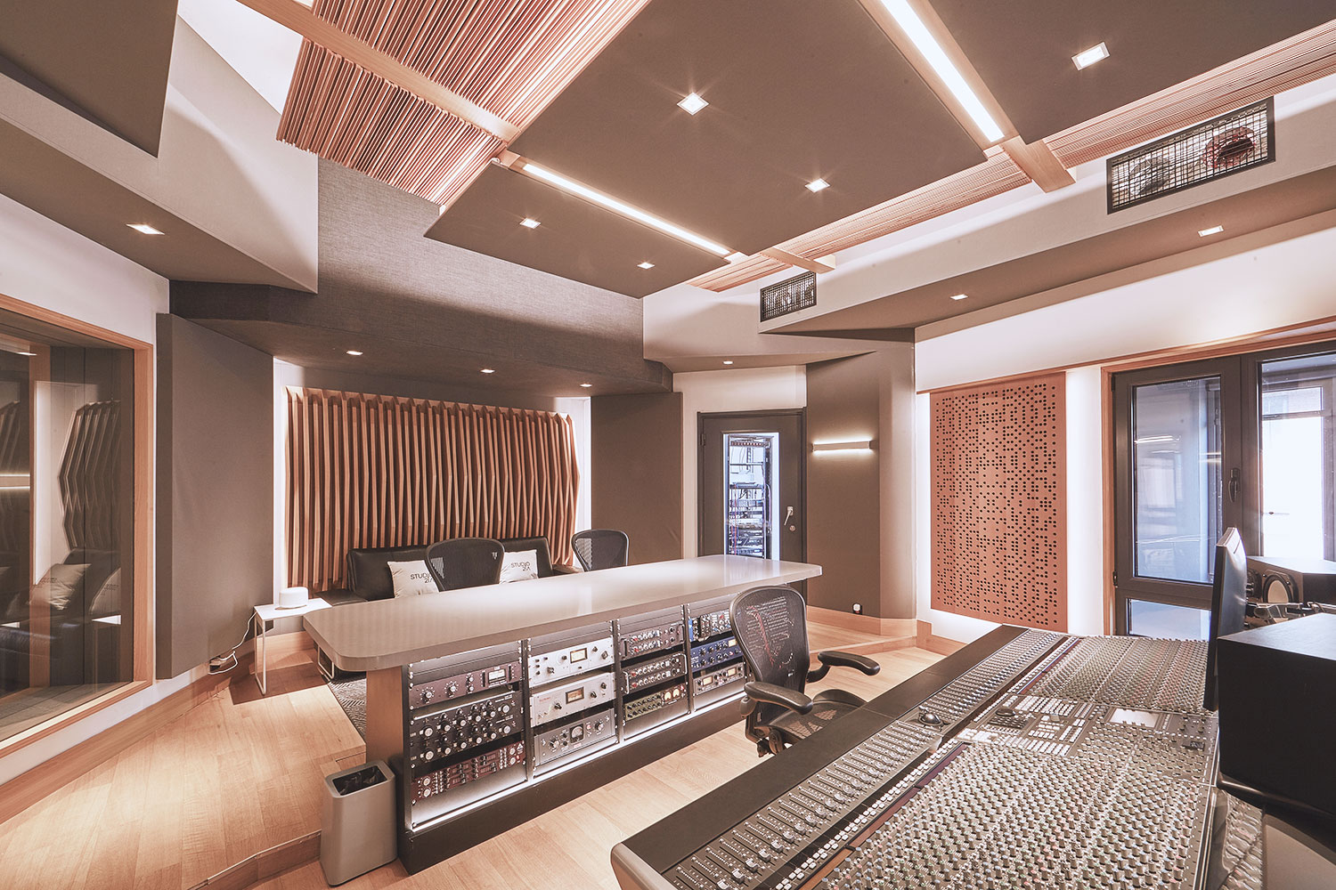 Intrigued by WSDG's reputation in designing the best recording studios in the world, multi-talented recording and mixing engineer TC Zhou started a deep collaboration with our global team for his brand-new Studio 21A facility in Beijing, China. Control Room B Back.