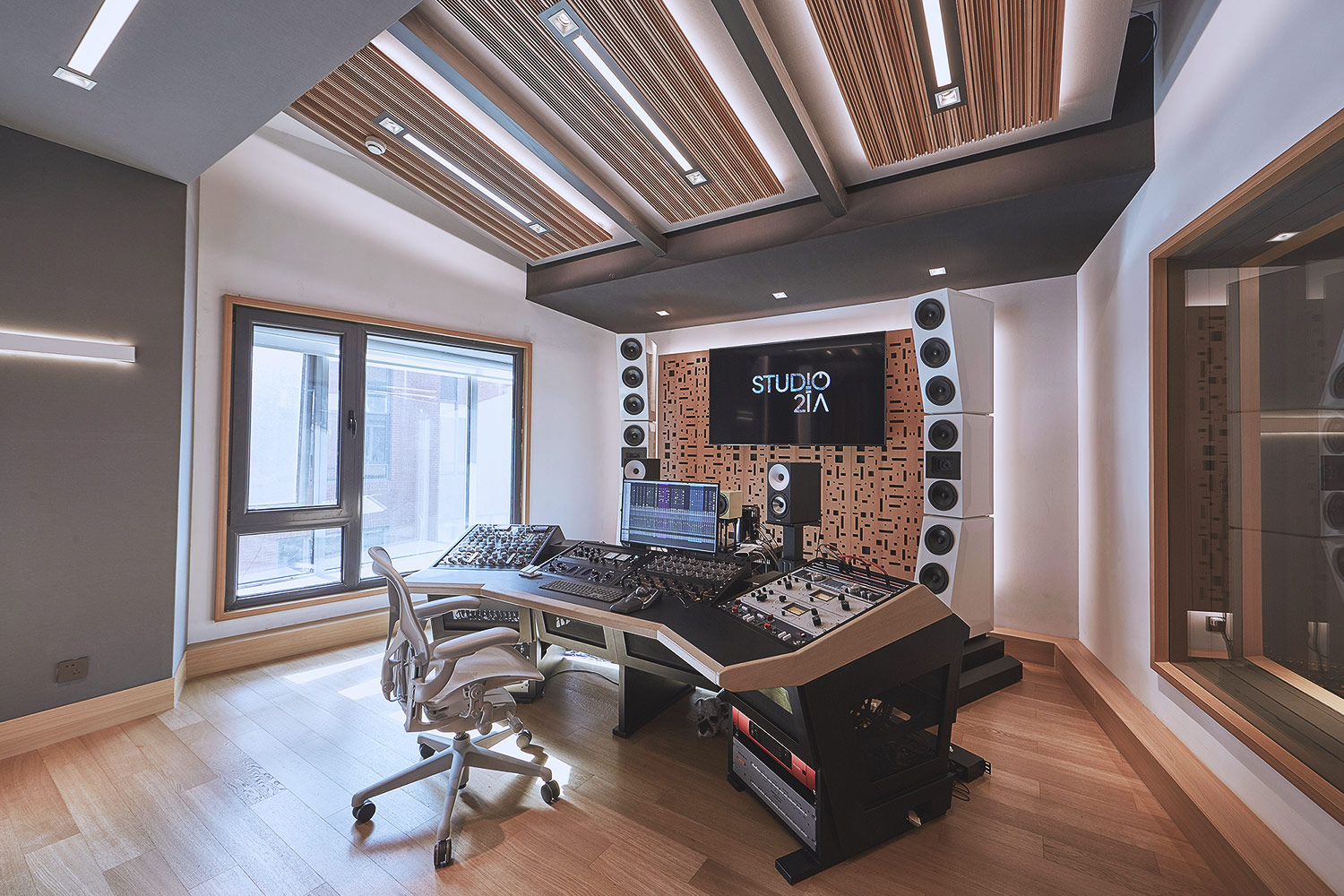 Intrigued by WSDG's reputation in designing the best recording studios in the world, multi-talented recording and mixing engineer TC Zhou started a deep collaboration with our global team for his brand-new Studio 21A facility in Beijing, China. Control Room C Mastering Suite.
