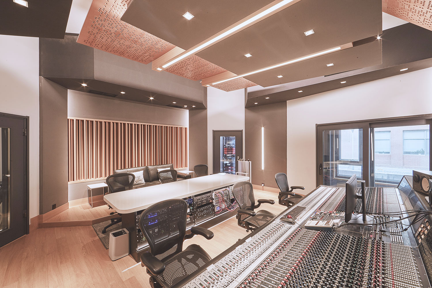 Intrigued by WSDG's reputation in designing the best recording studios in the world, multi-talented recording and mixing engineer TC Zhou started a deep collaboration with our global team for his brand-new Studio 21A facility in Beijing, China. Control Room A 2.