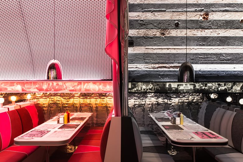 New York architect David Rockwell and his studio the Rockwell Group has teamed up with Surface magazine to celebrate its 25th anniversary with The Diner. was honored to be a part of the team as acoustic consultants. Facility layout and design.