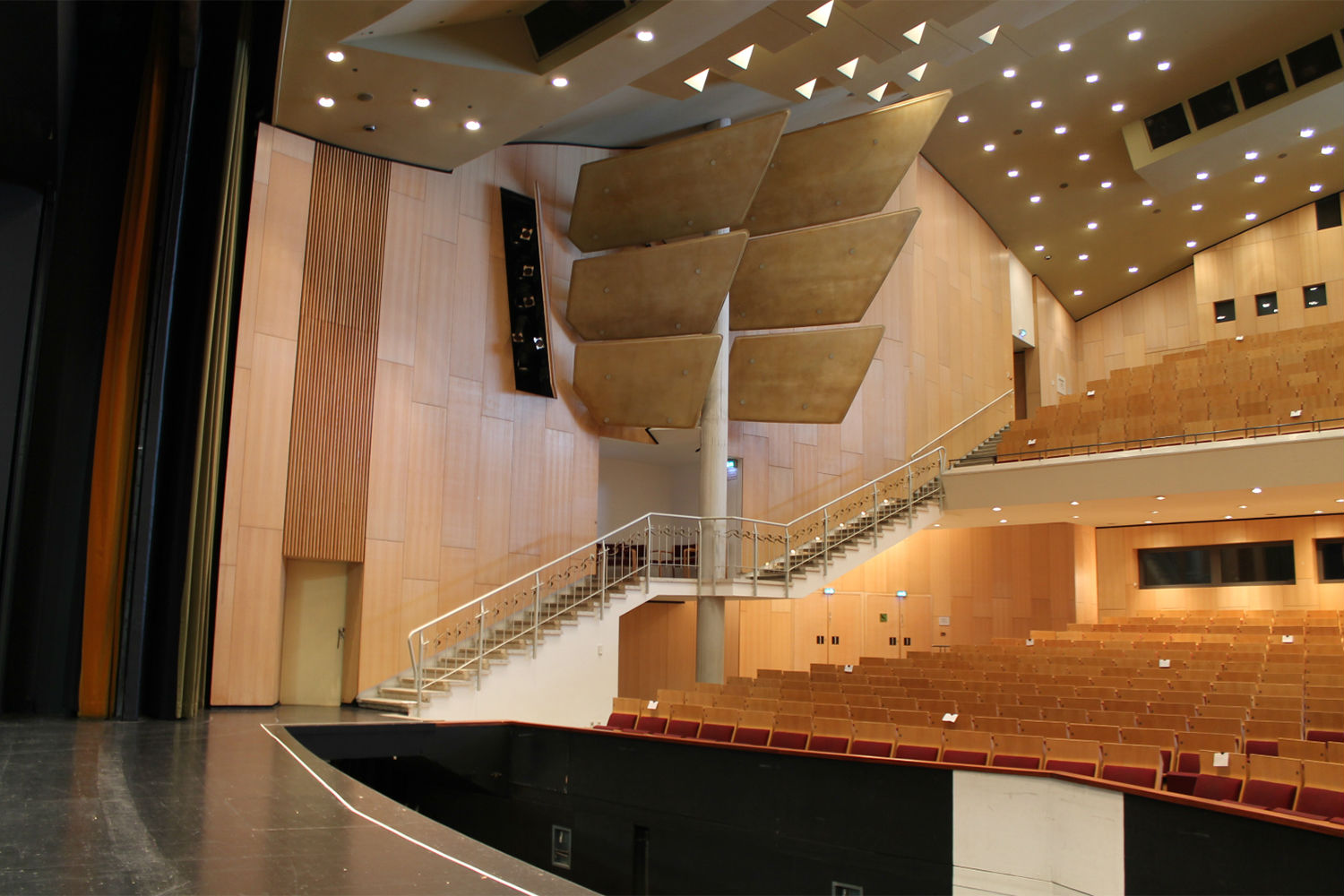 Scharoun-Theater in Wolfsburg, Germany. Electro-acoustics systems and media systems engineering provided by ADA-AMC, a WSDG Company. Theater Side to back