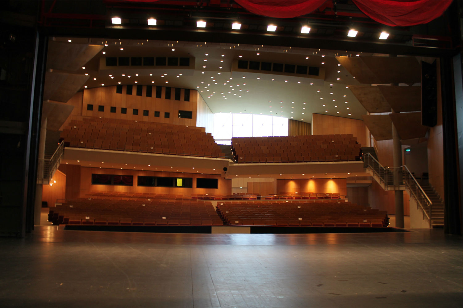 Scharoun-Theater in Wolfsburg, Germany. Electro-acoustics systems and media systems engineering provided by ADA-AMC, a WSDG Company. Theater stage view
