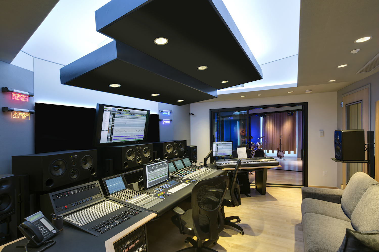 The MacPhails met WSDG to achieve a full up, professionally designed, acoustically superlative residential recording studio for their thriving audio productioStudio, photo vy