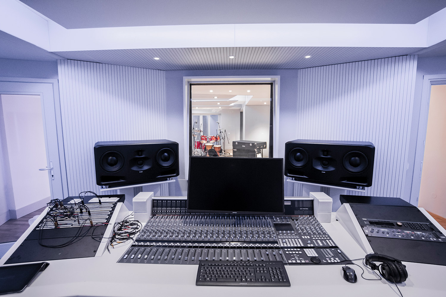 Vienna City Sound is a twelve-room recording studio built in the basement of a vintage commercial building in the heart of Vienna. Owner Peter Zimmerl's retained the services of WSDG to design his dream studio. Control room sweet spot view.