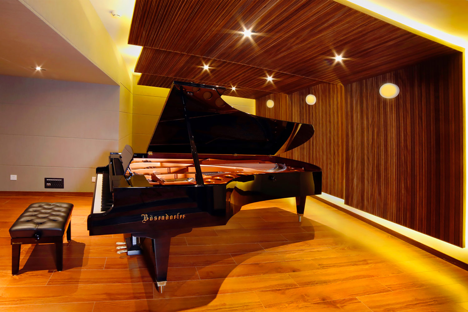 Zhejiang Conservatory of Music in Hangzhou, East China commissioned WSDG to create an important addition to this extraordinary institution, a 21st Century Music Production & Education Complex. Boutique ISO Booth with Piano 2.