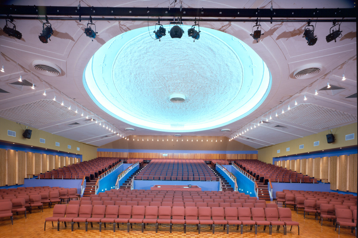 WSDG completed a major renovation project for Crossroads Tabernacle and Boden Center for The Performing Arts, a prominent inner-city church in The Bronx, NY. The facility includes an audio/video production studio, and a completely refurbished 800 seat theater. Theater Feat.